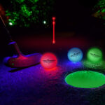 Lysande golfbollar