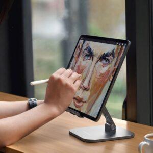 Hopfällbart iPadstativ